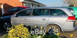 VAUXHALL VECTRA ESTATE SRI CDTI 57 plate reliable vehicle good condition