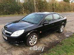 Vauxhall Vectra Life CDTI 120 Black. 5 Door