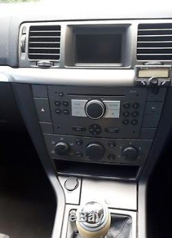 Vauxhall Vectra estate. 1.9 SRI CDTI diesel 2008. Black Alloys. Blacked windows